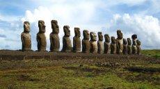 Trekking Mahatua Ovahe: The Fifteen Moai