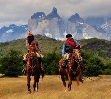 Negra Lagoon Horseback Riding