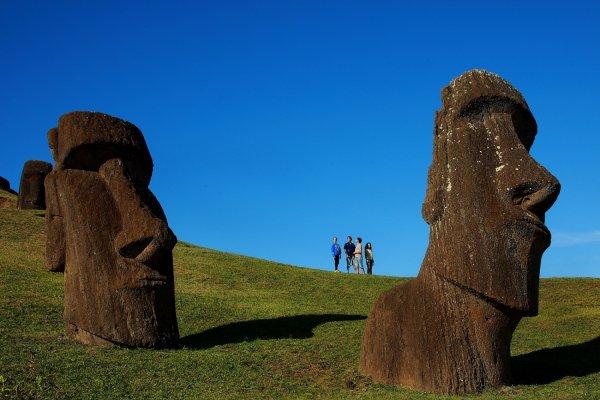 Santiago, Ilha de Páscoa e Cruce de Lagos a Bariloche