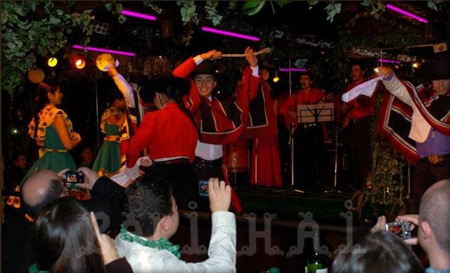 Dinner and Show Santiago