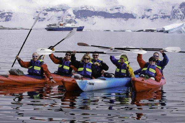 Península Antártica, Campamento Base Plancius