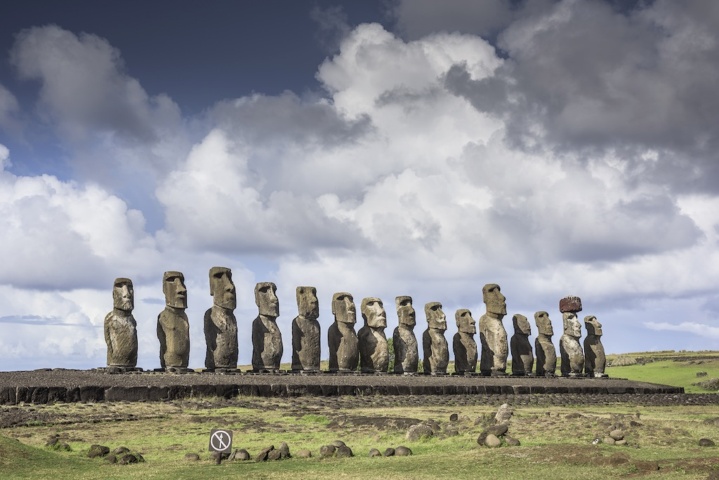 Discover the Mistery of the Moai Statue with Sunrise in Easter Island