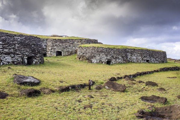 Te Moai Circuit Easter Island