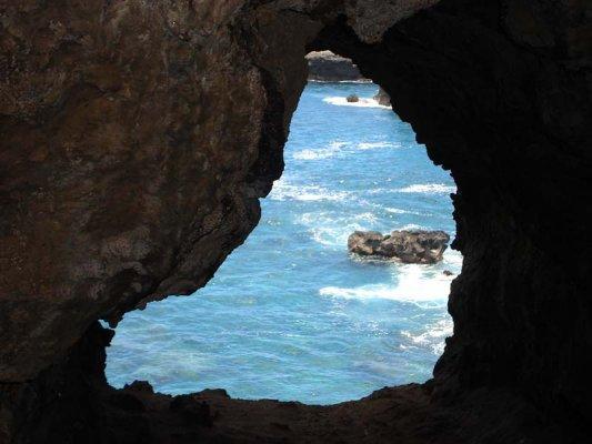 Cavalgada para as Cavernas de Ilha de Páscoa
