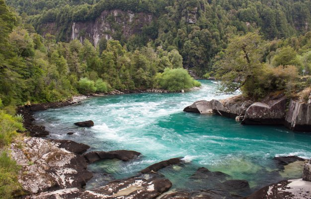 Risultati immagini per Río Futaleufú, Chile e Argentina