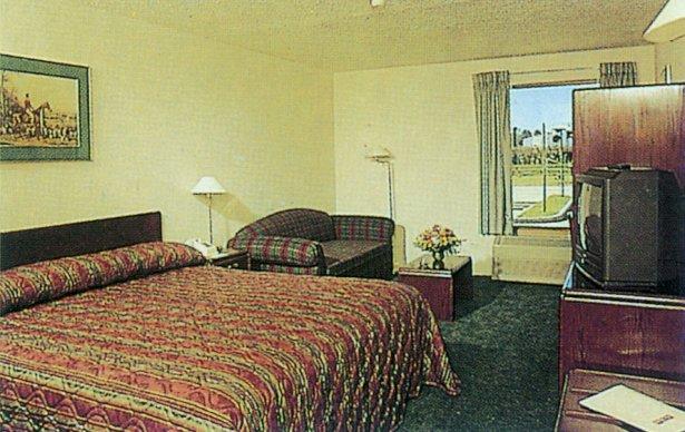 Hotel Diego de Almagro Los Angeles
