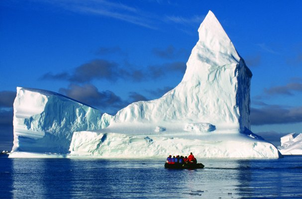 Antarctic Peninsula with South Shetlands
