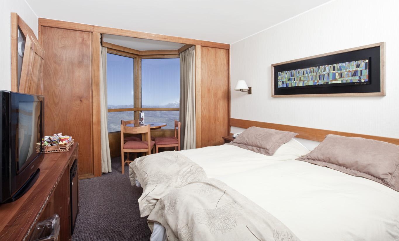 Cr ticas de hotel puerta del sol em centro de esqui valle for Hotel puerta de sol