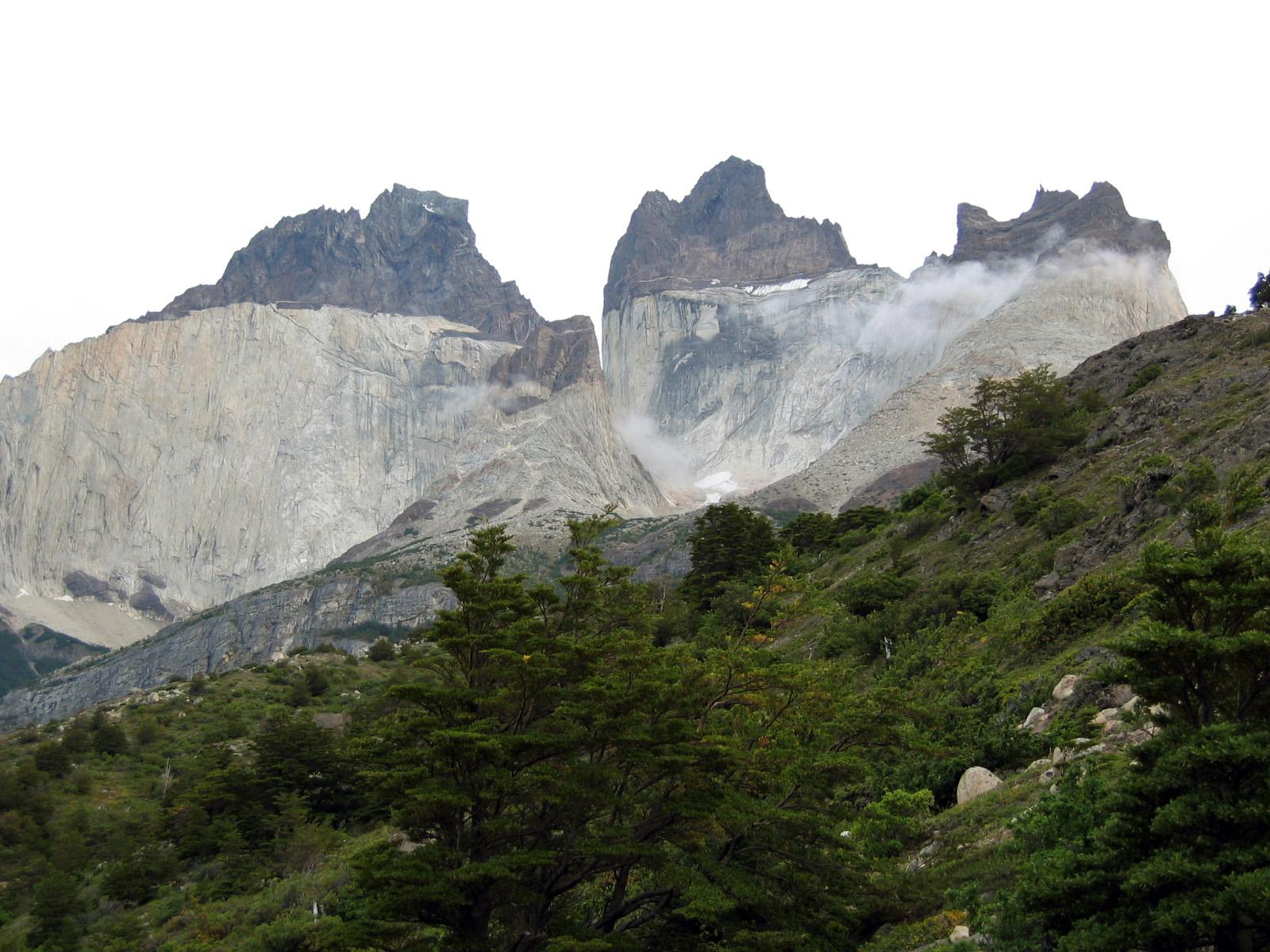 Aventura Marítima Torres del Paine y Río Serrano