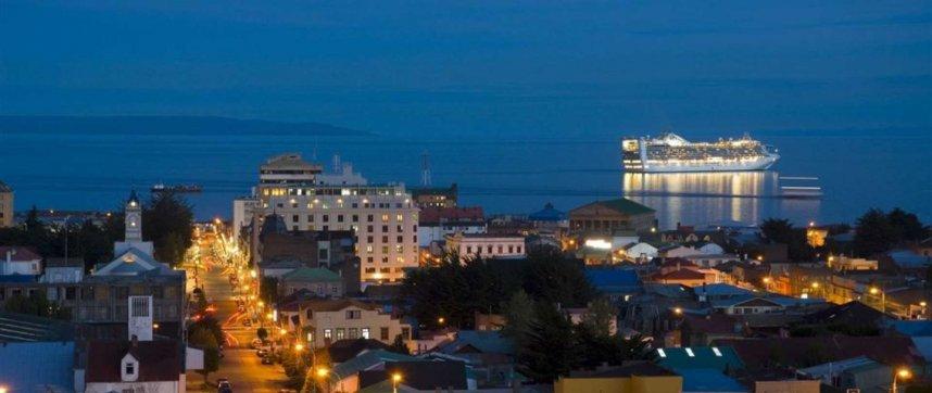 Estreito de Magalhães e Punta Arenas
